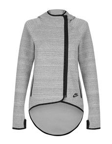 Nike Tech Fleece Cape by Nike, designed to keep you warm and comfortable with a barely there feel. Featuring double-faced smooth jersey fabric, shaped cuffs, curved hem that extends at the back and elastic binding. A stylish must have addition to every wardrobe with exaggerated dropped hem and binding finishes you can style this piece with black jeans and a basic white tee for a casual sporty look or perfect for those cooler early runs with your favourite ...