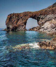 L'arco di Pollara, Nature