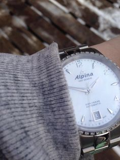 The Alpina Comtesse with diamond bezel and stainless steel case and bracelet. The essence of Swissness. The Elegance of sports. Swiss made. Elegant Woman, Stainless Steel Case, Daniel Wellington, Diamond, Bracelets, Sports, Accessories, Fashion, Hs Sports