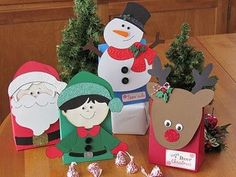 Holiday Treat Bags made with Cricut