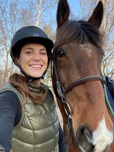 Bay Horse, Equestrian Style, Horseback Riding, Barn, Goals, Horses, Spring, Daughter, Converted Barn