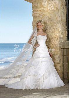 Robe de Mariée A-ligne-A-Line/Princess sweetheart chapelle train robes de taffetas de mariée en dentelle