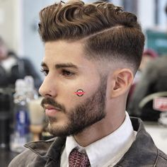 Wavy Hair Comb Over Fade Best Mens Hairstyles: Cool Haircuts For Guys Haircuts For Wavy Hair, Wavy Hair Men, Cool Mens Haircuts, Undercut Hairstyles, Cool Hairstyles, Holiday Hairstyles, Men's Haircuts, Mens Wavy Hairstyles Short, Guys Haircuts Fade