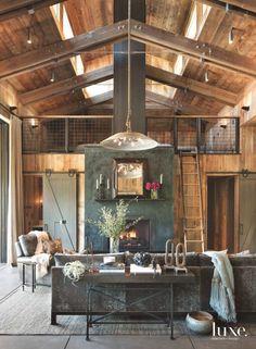 22 Farmhouse-Inspired Homes