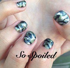 Bio Sculpture Gel Nail Art & Design - Hand painted camouflage shortie nails.