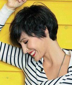 Kurzhaarfrisuren Pixie Style, kurze Haare Frauen, freche Frisur Frauen Where To Find Cheap W Very Short Hair, Short Hair Cuts For Women, Short Hairstyles For Women, Short Cuts, Hipster Hairstyles, Pixie Hairstyles, Casual Hairstyles, Medium Hairstyles, Latest Hairstyles