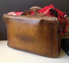 Vtg Weekender // Tooled Leather Travel Case // by JansVintageStuff, $152.00