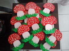 Autumn craft mushrooms for preschool kids kindergaden idea