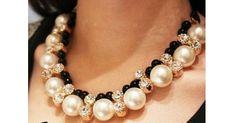 perlas grandes,perlas brillantes,collar de perlas,collar de fiesta,collar elegante