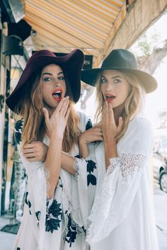Free People Models: Abby Brothers & Annie McGinty Photographer: Alexandra Valenti Styling: Coryn Madley Makeup: Stacey Tan