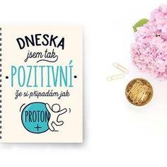 Dnes buďme všichni pozitivní jako proton, když je ten pátek😃☕ #sloktepo #motivacni #hrnky #miluji #kafe #citaty #zivot #mujzivot #mojevolba #domov #darek #dokonalost #dobranalada #denmatek #pozitivnimysleni #proton #stesti #laska #czechgirl #czechboy #czech #prague