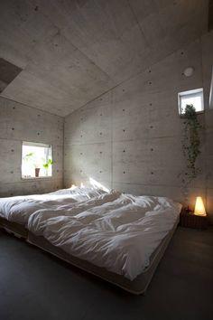 YASUO TERUI Architect Studio の オリジナルな 寝室 雁木のある家