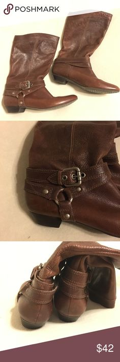 Gianni Bini Boots ~ Brown Leather ~ Sz 8.5 Great Gianni Bini Boots ~ Brown Distressed Leather. Good pre-worn condition with a few nicks that add to the beautifully distressed look. Very soft, buttery leather. Sz 8.5 Gianni Bini Shoes