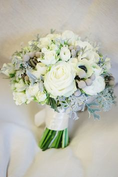 Winter Wedding Bouquets & Flowers from Mrs Umbels in Newark, East Midlands - Buckinghams Wedding Magazine