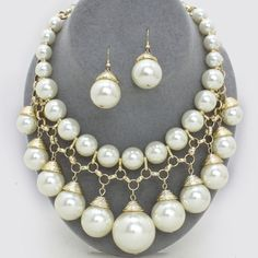 Chunky Pearl Drop Bib Necklace 221985