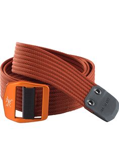 Conveyor Belt Heavy duty, textured webbing belt with contrasting colour stitch detail and a metal buckle with the Arc'teryx logo. Ideal for keeping your pants up. Conveyor Belt, Khaki Dress, Hiking Pants, Iron Oxide, Metal Buckles, Pairs, Logo, Accessories, Stitching
