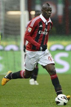 Mario Balotelli, he may b a handful but do denying Balo has skillz