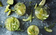Green garden juice med æble og agurk