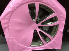Pink Car Accessories, Car Interior Accessories, Ford Gt, Audi Tt, Custom Car Interior, Pink Car Interior, Custom Wheels And Tires, Volvo, Peugeot
