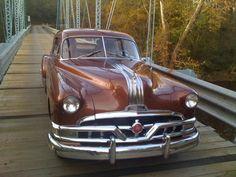 1951 Pontiac Streamliner Deluxe Sedan