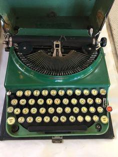Remington 1930-1940's Portable Typewriter Green/Green #Remington