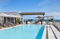 Just missing out on the upper half of our top 10 best luxury hotels in Miami list is the Betsy Hotel. Among all the hotels that have been discussed right now, the Betsy Hotel is the one that has a convenient location for shopaholics.#hotelsinmiami#hotelsinmiamisouthbeach#hotelsinmiamibeach#hotelsinmiamiflorida#miamihotels#miamibeachhotels#miamihotelssouthbeachmiamihotelsluxury Best Hotels In Miami, Miami Beach Hotels, South Beach Miami, Courtyard Pool, Rooftop Pool, Beach Boardwalk, Hotel Website, Top Hotels, Luxury Hotels