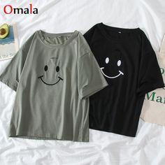 Outfits For Teens, Casual Outfits, Cute Outfits, Top Streetwear, Kpop Fashion Outfits, Mode Hijab, Kawaii Fashion, Korean Fashion, Casual Shirts