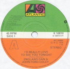 I'd Really Love To See You Tonight, Dan & John Ford Coley night. Songs To Sing, Music Songs, Love Songs, Baby Memories, My Childhood Memories, 45 Records, Vinyl Records, 70s Music, Good Music