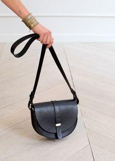 Claude Messenger Bag   Sézane