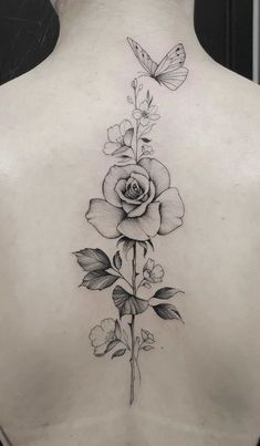Amazing And Attractive Floral Tattoo Designs You Must Love; Back Floral Tattoo; Tattoo Femeninos, Bad Tattoos, Sexy Tattoos, Cute Tattoos, Beautiful Tattoos, Body Art Tattoos, Girl Tattoos, Tatoos, Rose Tattoos For Women