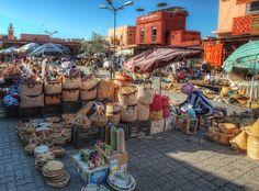 世界遺産 スパイス市場 マラケシュ旧市街の絶景写真画像 モロッコ