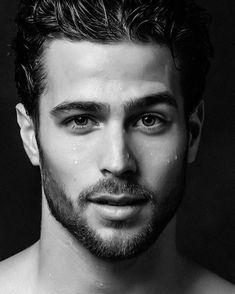 Demian Overduyn, Men's Fashion, Male Model, Beautiful Man, Guy, Handsome, Hot, Sexy, Eye Candy, Beard, Shirtless, Wet メンズファッション 男性モデル