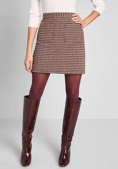Informed Ensemble Skirt in 22 - Mini Short Length by ModCloth Fashion Mode, Work Fashion, Fashion Outfits, Lolita Fashion, Fashion Stores, Fashion Weeks, 70s Fashion, Cheap Fashion, Style Fashion