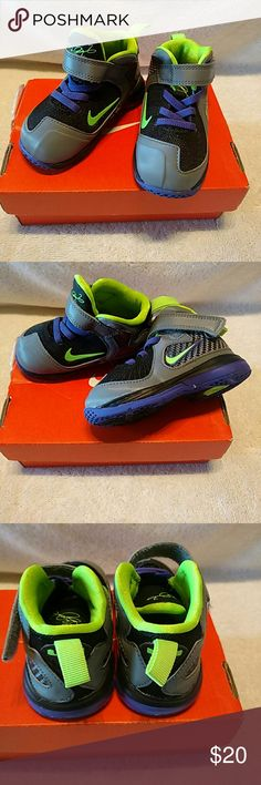 Nike Infant Lebron 9 (TD) Sz 5C Nike Infant LeBron 9 (TD) Black/ Electric Green Gray Purple Sz 5C Nike Shoes Sneakers