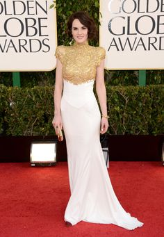 Michelle Dockery in a Alexander Vauthier Couture gown with Bulgari jewelry and Christian Louboutin heels - Golden Globes 2013: Red Carpet Look!