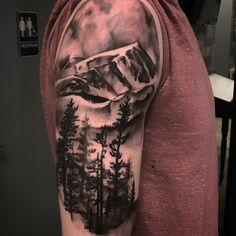 Trending Tattoo Ideas - Best Tattoo Designs and Tattoo Shops Near Me Rose Tattoos For Girls, Dragon Tattoos For Men, Tattoos For Guys, God Tattoos, Tribal Tattoos, Tattoo Sites, Tattoo Process, Comic Tattoo, Landscape Tattoo