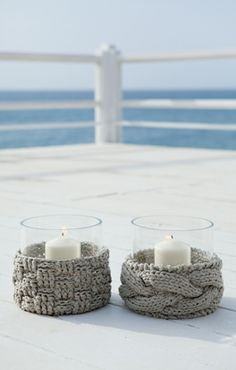 Knitted candle holder