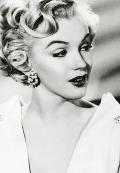 """marilyn-monroe-collection: """"Marilyn Monroe photographed in 1951. """""""