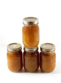 Slow-Cooker Apple Butter - my mouth is already watering just thinking about this recipe! #skinnyms #cleaneating #applebutter