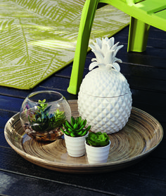 Pineapple Trinket Pot keeps your bits and bobs tidy while you relax outside. #Summer #Living #Pineapple  #Tropical