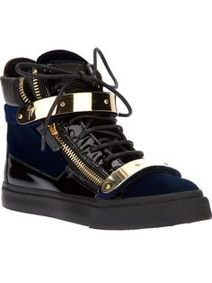 Shop Giuseppe Zanotti Design zip detailed hi-top sneakers in Biondini Paris from the world's best independent boutiques at farfetch.com. Over 1000 designers from 60 boutiques in one website.