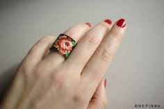 Hand beaded floral ring band. Black ring.Statement ring.Wide