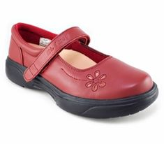 Best Shoes For Achilles Tendonitis Orthopedic Shoes, Heel Pain, Calf Muscles, Walking Boots, Shoe Brands, Mary Janes, Casual Shoes, Shoe Boots, Footwear