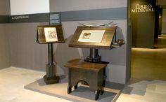 Scriptorium, Alter und Herkunft unbekannt  Heute in der Villa del Libro in Madrid.