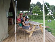 Welkom bij mini camping Op den Boender in Castenray voor een onvergetelijk verbijf.