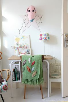 Softy on the wall and texture leaf blanket. #kids #decor