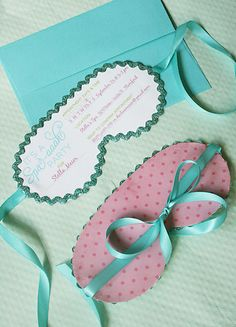 Invites... it says for spa - but would be so cute for a slumber party!