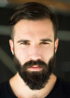 The ducktail beard, simply put, is a full facial hair style that looks like a duck's tail. Although ducktail beard styles allow for some variation in length and thickness, the…View Trimmed Beard Styles, Long Beard Styles, Beard Styles For Men, Hair And Beard Styles, Thin Beard, Full Beard, Beard For Round Face, Beard Shapes, Beard Tips