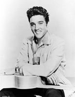 Elvis Presley poster Elvis Presley Posters, Elvis Presley Photos, Elvis And Priscilla, Priscilla Presley, Shakira Hips, Elvis Sings, Suspicious Minds, Top 40 Hits, King Creole