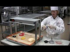 Pulled & Blown Sugar Swan Demo by Chef Susan Notter